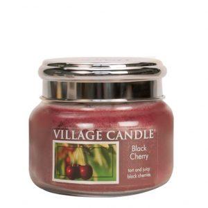 Village_black_cherry_S_svijeca